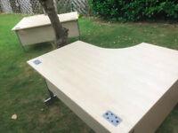 2 x L shaped office desks 800mm x 1400mm