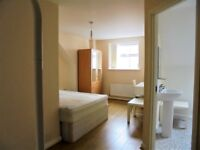 Double en-suite room with bills included in the heart of City centre