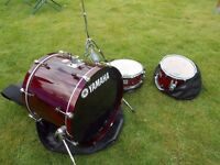 Yamaha stage custom drums - snare, bass, tom and Pearl hi-hat stand