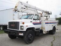 1999 GMC Topkick Bucket/ Boom truck