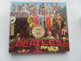 BEATLES ST PEPPERS LONELY HEARTS CLUB BAND