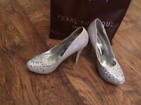 Prom /wedding shoes size 6