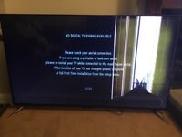 "Panasonic 65"" TV TX-65CX410B - cracked screen"