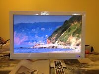"Excellent Logik 22"" Full HD LED TV with Built in DVD Player"