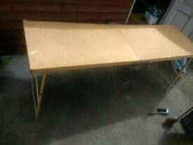 Wallpasting, carboot table. Foldable