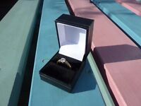 14ct Gold Single White Sapphire Ring