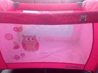 Travel Cot & bassinnette (babies r us)