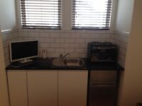 Bedsit/studio 600 pm ensuite and kitchenette