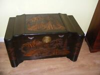 CAN DELIVER - BEAUTIFUL ANTIQUE CHINESE CAMPHUR CHEST - BLANKET BOX - TRUNK - WITH CARVED DETAILS
