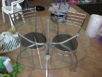 Circular 4 chair dining table only £90