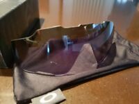 Oakley jawbreaker replacement lens grey polarised boxed.