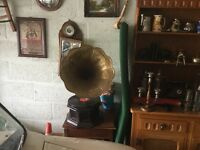 Gramaphone with Vinyls for Sale