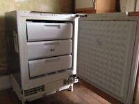 Moben Cream colour 1 x Kitchen Unit and 1 x built-in Refrigerator freezer £30 ONO