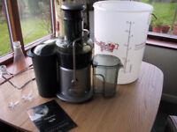 Breville Juicer and wine / cider making kit