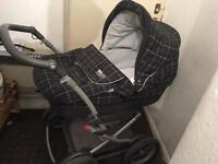 Mamas and Papas 2 pices pushchair and car seat