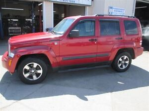 2008 Jeep Liberty 4x4(GARANTIE 1 AN INCLUS)