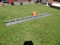 Youngman 100 extending aluminium ladder