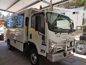 Isuzu NPS300 18 seat bus Helensvale Gold Coast North Preview
