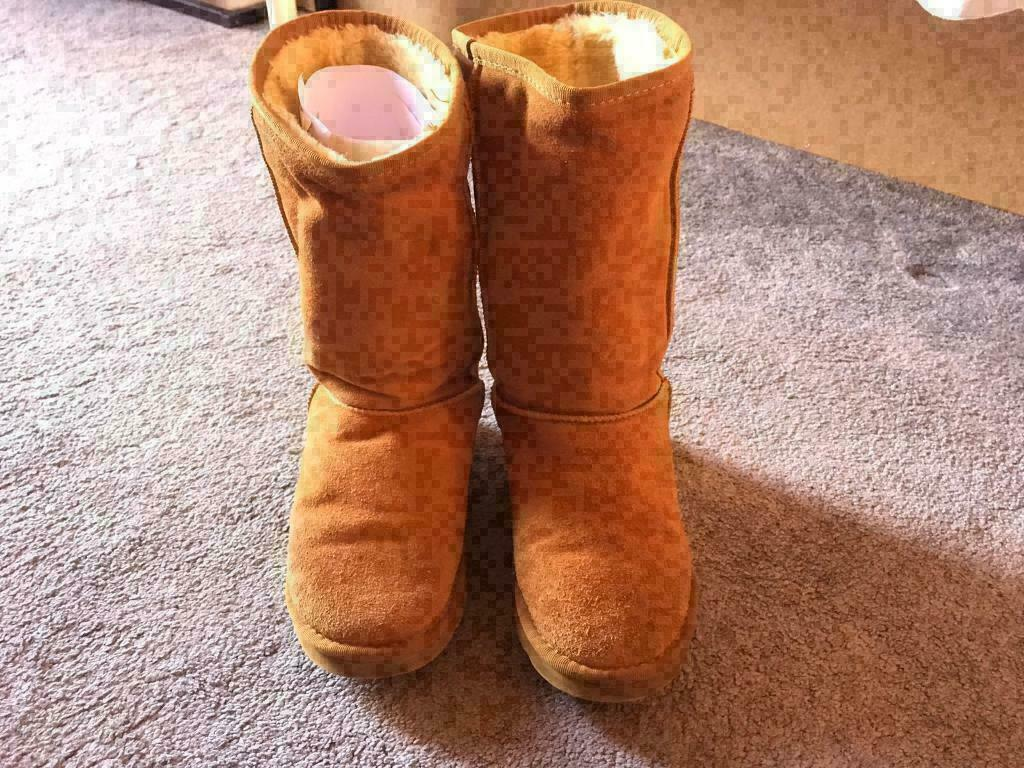 6761d5042d4 UGG Ladies suede original boots size 5 used £15 | in Leicester,  Leicestershire | Gumtree