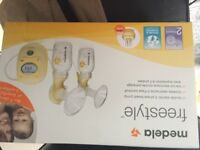 NEW Medela freestyle double breast pump