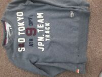 Superdry t-shirt and jumper