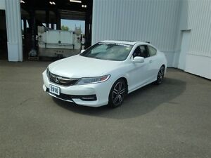 2016 Honda Accord Touring-LIKE NEW