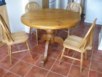Kitchen / Dining Table & 4 Chairs