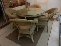 CONSERVATOIRE / GARDEN ROUND GLASS TOP TABLE WITH 4 CHAIRS 110cm DIA