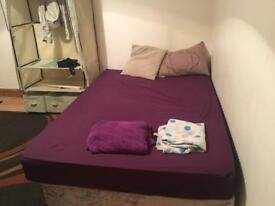 A lovely cosy double room in High Town, Luton