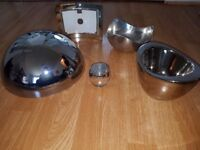 Chrome/mirror finish lamp shade, tlite holder,frame and metal dish ×2
