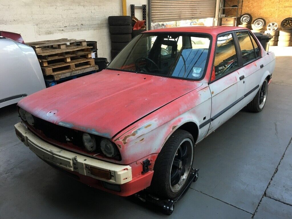 bmw e30 325i m20 4dr saloon manual breaking for spares parts - bare non  rolling shell available
