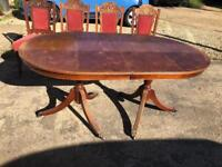 Antique Table and 5 Chairs (extendable)