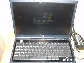 HP pavilion notebook dv 1000 laptop