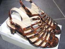 Lotus Tortoise Shell Patterned Patent Shoes Size 4 Only Worn Once.