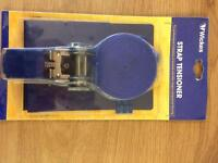 Strap tensioner and laminate floor fitting kit