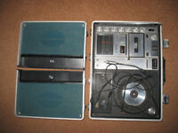 Rare Sanyo G-2615 H, portable briefcase music centre 70's, vintage, decoration, museum,