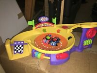 Fisher Price Lil' zoomed spinnin speedway