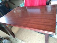 AAA Bargain price dark wood effect extending dining table, seats 6 +