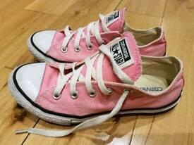 Converse shoes UK1