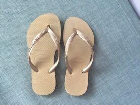 Girls Havaiana Flipflops Size Eur 29/30