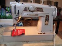 SINGER 401g SEWING/EMBROIDERY MACHINE