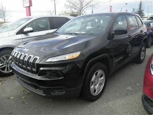 2016 Jeep Cherokee Sport  4X4  Bluetooth  Cruise  PW  PM  PL