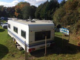 Hobby 635 Twin Axle Touring Caravan 2005