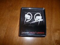 Dr Dre Power beats 2 Wireless - White - in original box with full instructions