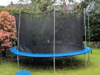 14' Trampoline with Safety Net Enclosure.