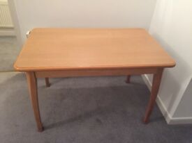 Heat resistant dining table