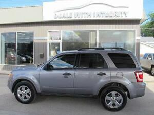 2008 ford escape LIMITED AWD SUV LEATHER REMOTE START NOW $7400