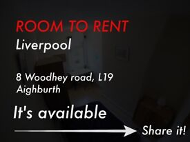 Double room suitable for couple/students/ professionals