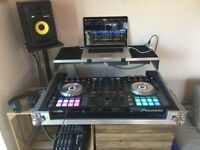 Pioneer DDJ-SX2 DJ Controller in Perfect condition