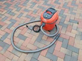 goblin vacuum cleaner £25